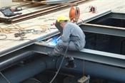 Wiedereinschweissen der Stahlträger